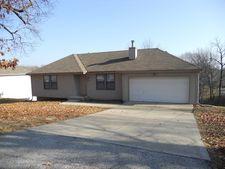 3237 N Tracy Ave, Kansas City, MO 64116