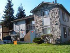 20 Locust Ave-Locust Ave Apt C, Hollister, CA 95023