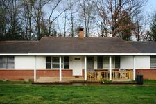 20 Sugarloaf Ln, Hendersonville, NC 28792