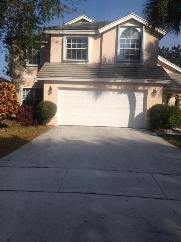 7671 Santee Ter, Lake Worth, FL 33467