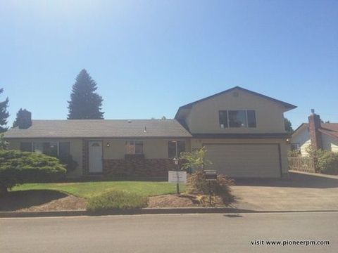 2018 Lomond Ave, Springfield, OR 97477