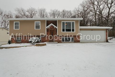 1241 New Towne Rd, Arnold, MO 63010