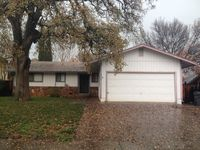 2740 Oriole Dr, Red Bluff, CA 96080