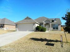 409 W Iowa Dr, Harker Heights, TX 76548