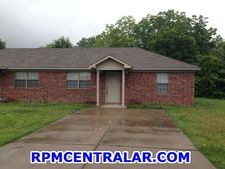 1180 Neal St, Conway, AR 72032