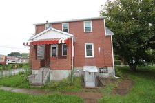 111 Seward St, Duquesne, PA 15110