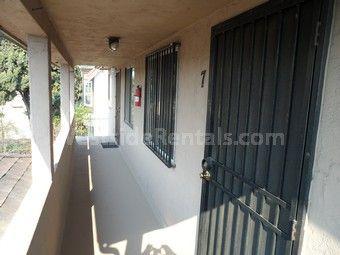 1876 Henderson Ave, Long Beach, CA 90806