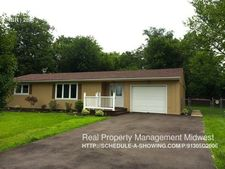 176 Lakeview Dr, Monroe, OH 45050