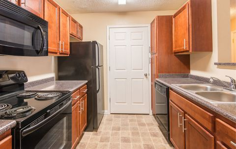 3836 Arbor Green Ln, Indianapolis, IN 46220