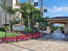 6600 Beachview Dr Apt 200, Rancho Palos Verdes, CA 90275