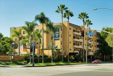 9400 La Tijera Blvd, Los Angeles, CA 90045