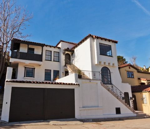 2469 Kenilworth Ave, Los Angeles, CA 90039