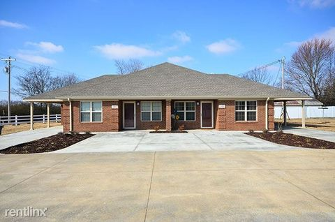 323 County Rd, Florence, AL 35634