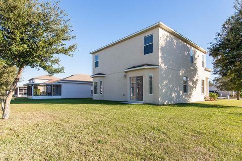 30603 White Bird Ave, Wesley Chapel, FL 33543