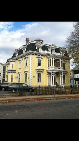 345 Union St, New Bedford, MA 02740