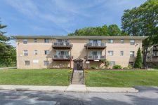 7 Oakwood Dr, Peekskill, NY 10566