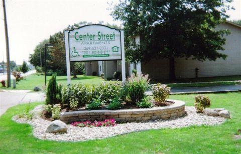 510 S Center St, Hartford, MI 49057