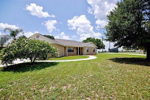1109 S Indiana Ave, Groveland, FL 34736