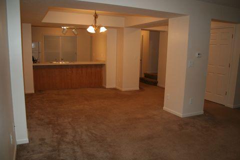 420 W Oak St, Mason, MI 48854