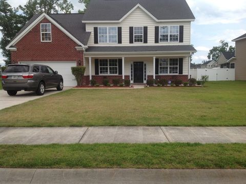 920 Oak Crest Dr, Hinesville, GA 31313