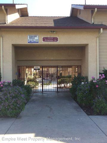 11134 Arminta St, Sun Valley, CA 91352