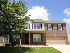 5808 W Port Dr, Mccordsville, IN 46055