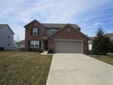 1844 Copeland Farms Dr, Greenfield, IN 46140