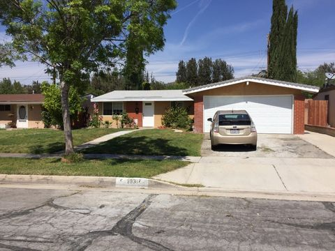 19317 Cedarcreek St, Canyon Country, CA 91351