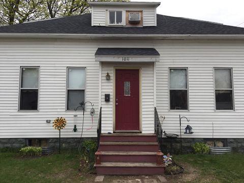 1011 Colfax St, Marinette, WI 54143