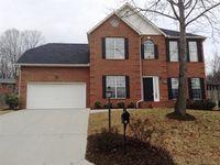 8201 Kingstree Ln, Knoxville, TN 37919