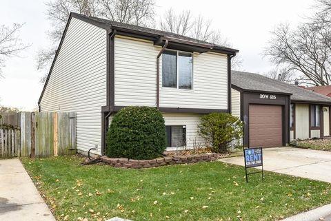 30 W135 Wildwood Ct, Warrenville, IL 60555