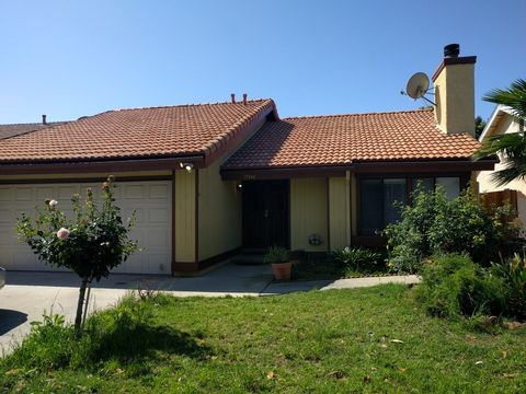 19946 Community St, Winnetka, CA 91306