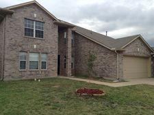 5813 Robins Way, North Richland Hills, TX 76180