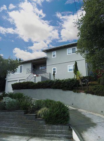 2414 Coronet Blvd, Belmont, CA 94002