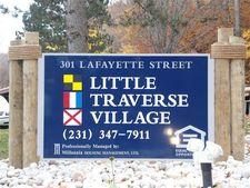 301 Lafayette Ave Apt C104, Petoskey, MI 49770