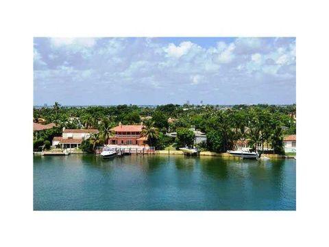 5700 Collins Ave, Miami Beach, FL 33140