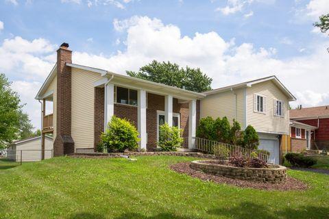 135 Oriole Rd, Matteson, IL 60443