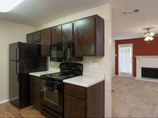 396 E Southside Pkwy, Lewisville, TX 75067