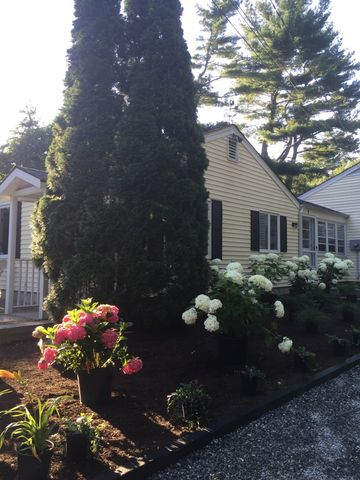 10 Hogan Trl, Westport, CT 06880