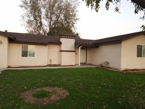 1232 Maryland Ave, Los Banos, CA 93635