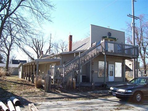 205 W Fourth St, Winchester, IN 47394