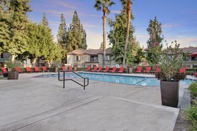 2065 W College Ave, San Bernardino, CA 92407