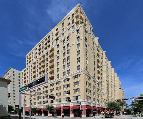 255 Evernia St, West Palm Beach, FL 33401