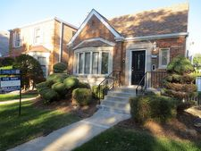 8021 S Campbell Ave, Chicago, IL 60652