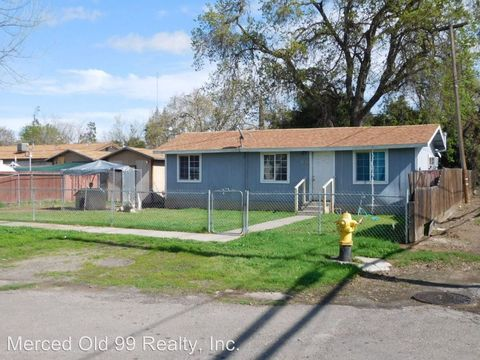 162 W 25th St, Merced, CA 95340