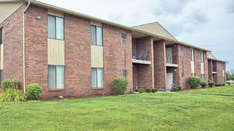 43439 Cape Dr # 35, Sterling Heights, MI 48313