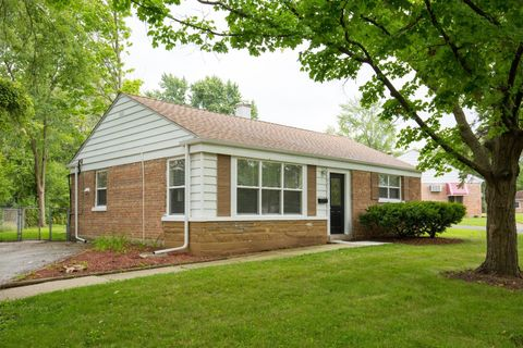 251 Lester Rd, Park Forest, IL 60466