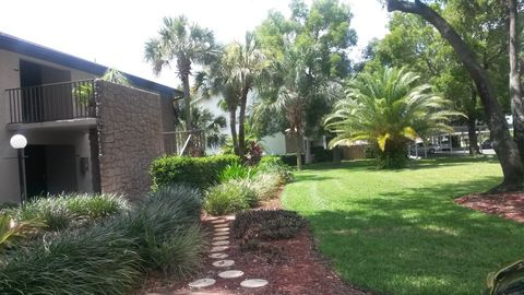 10 Beth Stacey Blvd # 8, Lehigh Acres, FL 33936