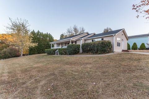 316 Graison Ln, Dallas, GA 30157