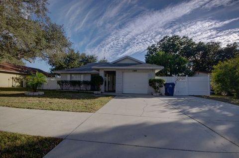 11884 130th Ave N, Seminole, FL 33778